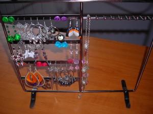 DSCN0063 300x225 Suport bijuterii