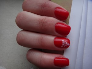 DSC01344 300x225 NOTD: Big Apple Red   Opi