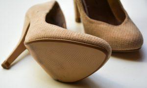 high-heels-1327021_640